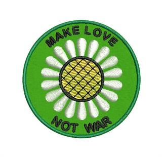 "Patch Bordado Termocolante ""Make Love Not War"""